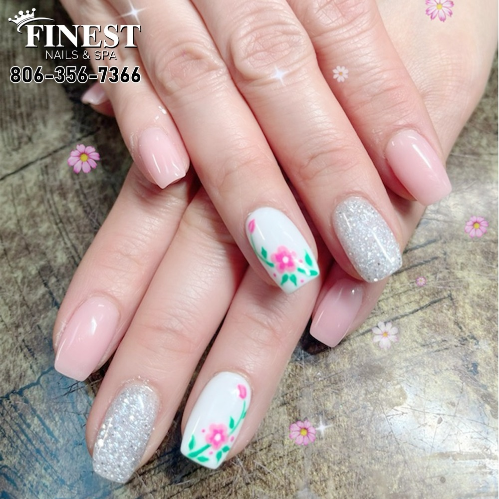 Tips for you simple beautiful nail designs that attract all eyes